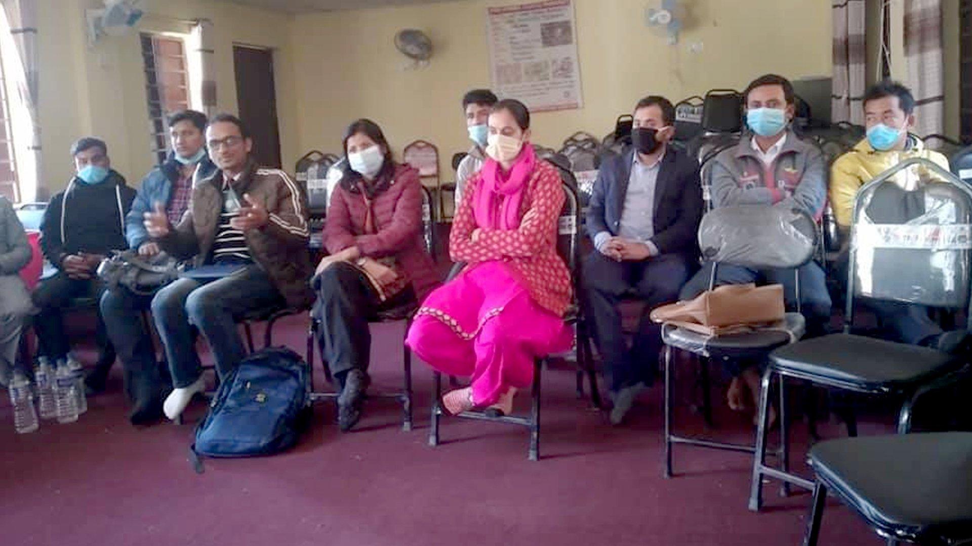 विषयगत रुपमा जोडिदै सिद्धलेकका शिक्षकहरु