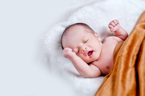 गर्भमा छोरा छ की छोरी ?यस्तो छ पत्ता लगाउने सजिलो घरेलु सुत्र
